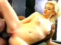 Black stuffs fine blonde